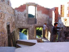 Création d'ouvertures. Dalle et escalier en maçonnerie